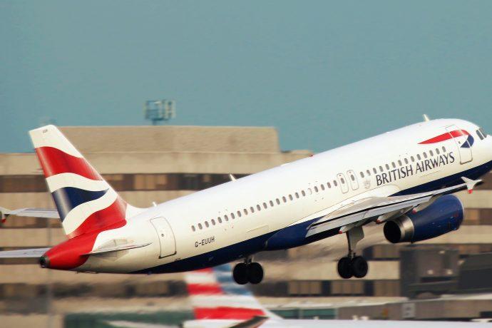 British Airways enfrenta multa recorde de 183 milhões de libras por violação de dados