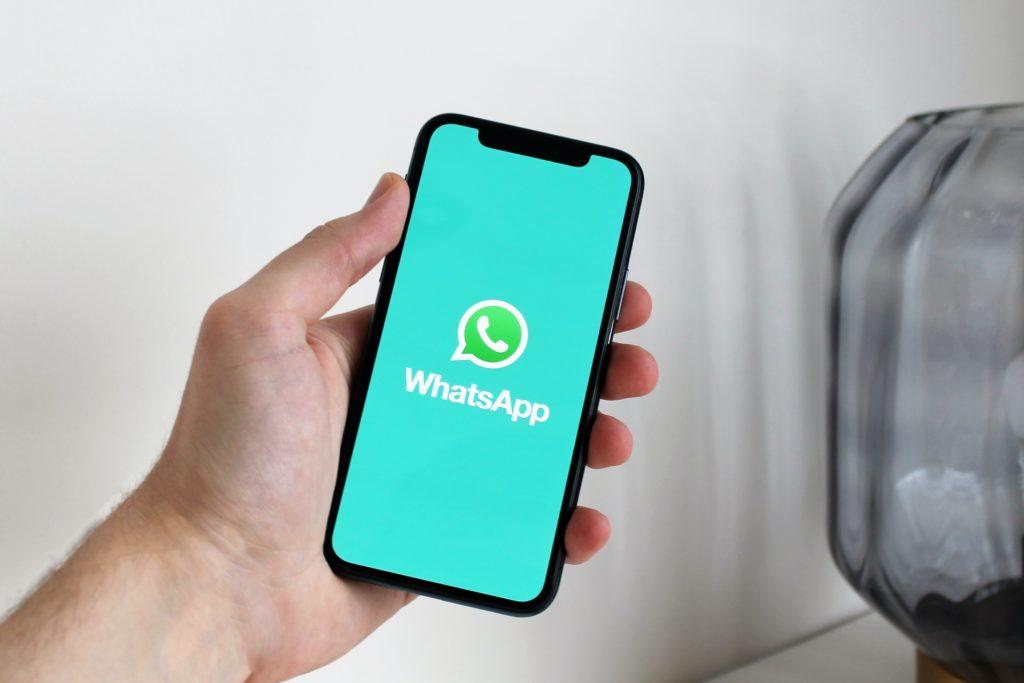 WhatsApp multado em 225 milhões de euros por violar proteção de dados